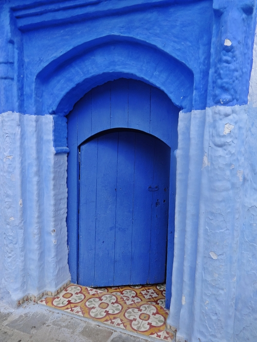 The original blue pigment from what I have read, was derived from a type of Murex shell, which is usually a shade of royal purple once prized by the Romans and Byzantine empires.  Is was brought by the Jews, to whom it is sacred